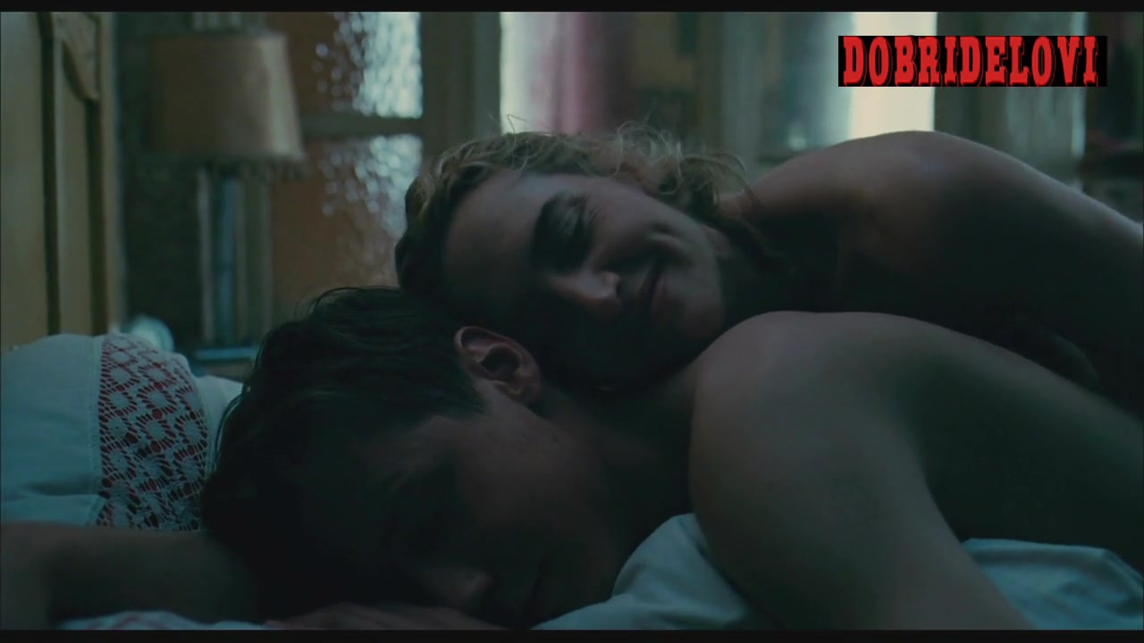 Kate Winslet nude in bed with David Kross scene from The Reader