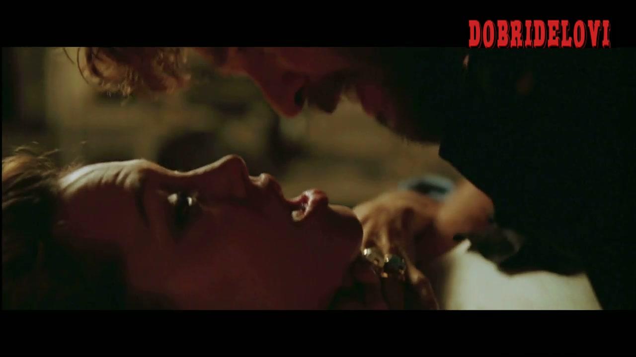Angelina Jolie choking scene from Alexander