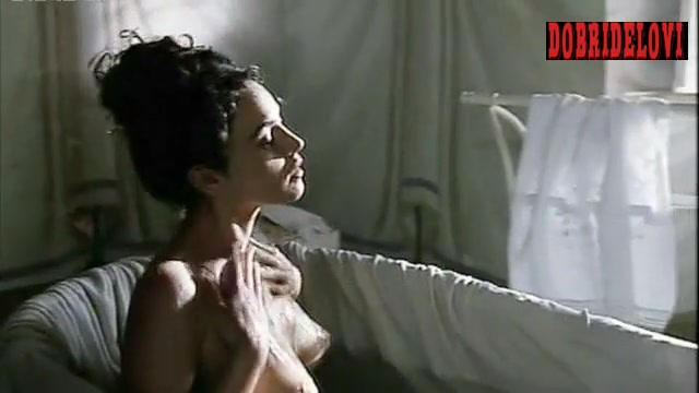 Monica Bellucci bathtub scene from Briganti Amore e Liberta
