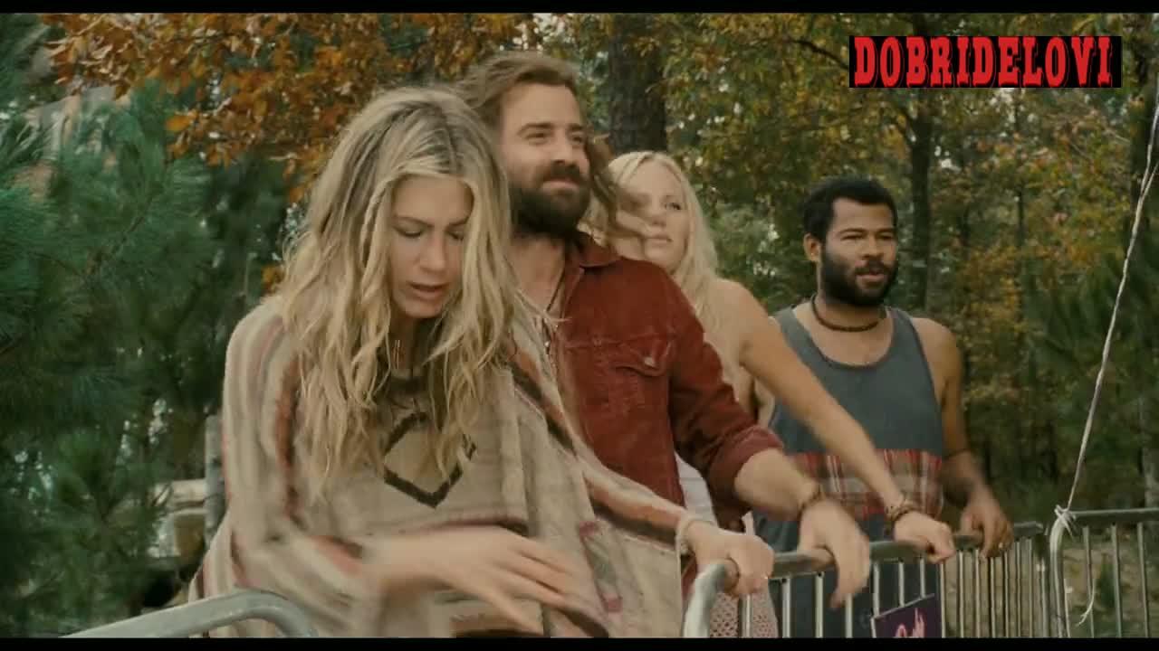 Jennifer Aniston removes tunic scene from Wanderlust