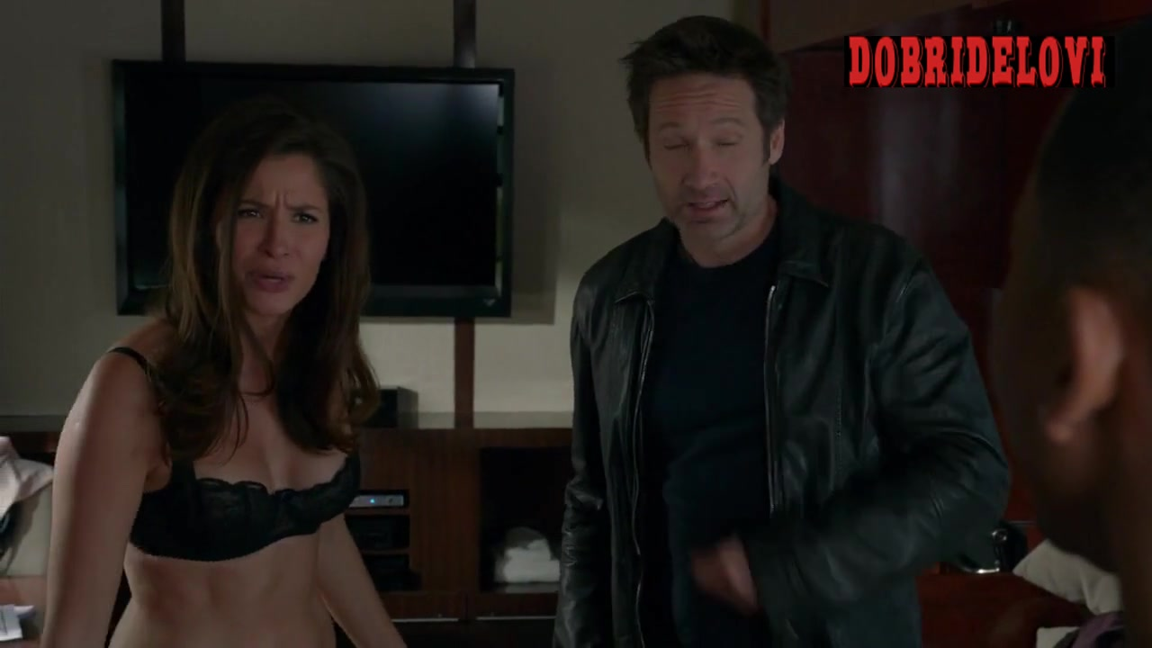 Mercedes Mason undresses for David Duchovny in movie star trailer -- Californication