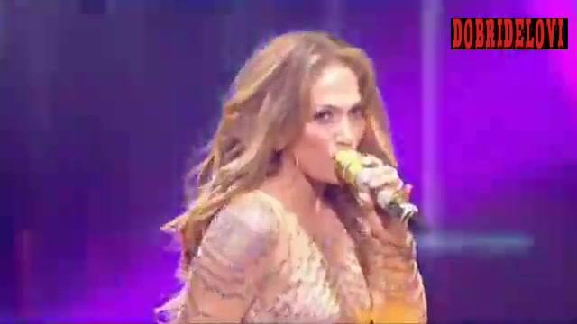 Jennifer Lopez dancing on stage for X Factor (France)