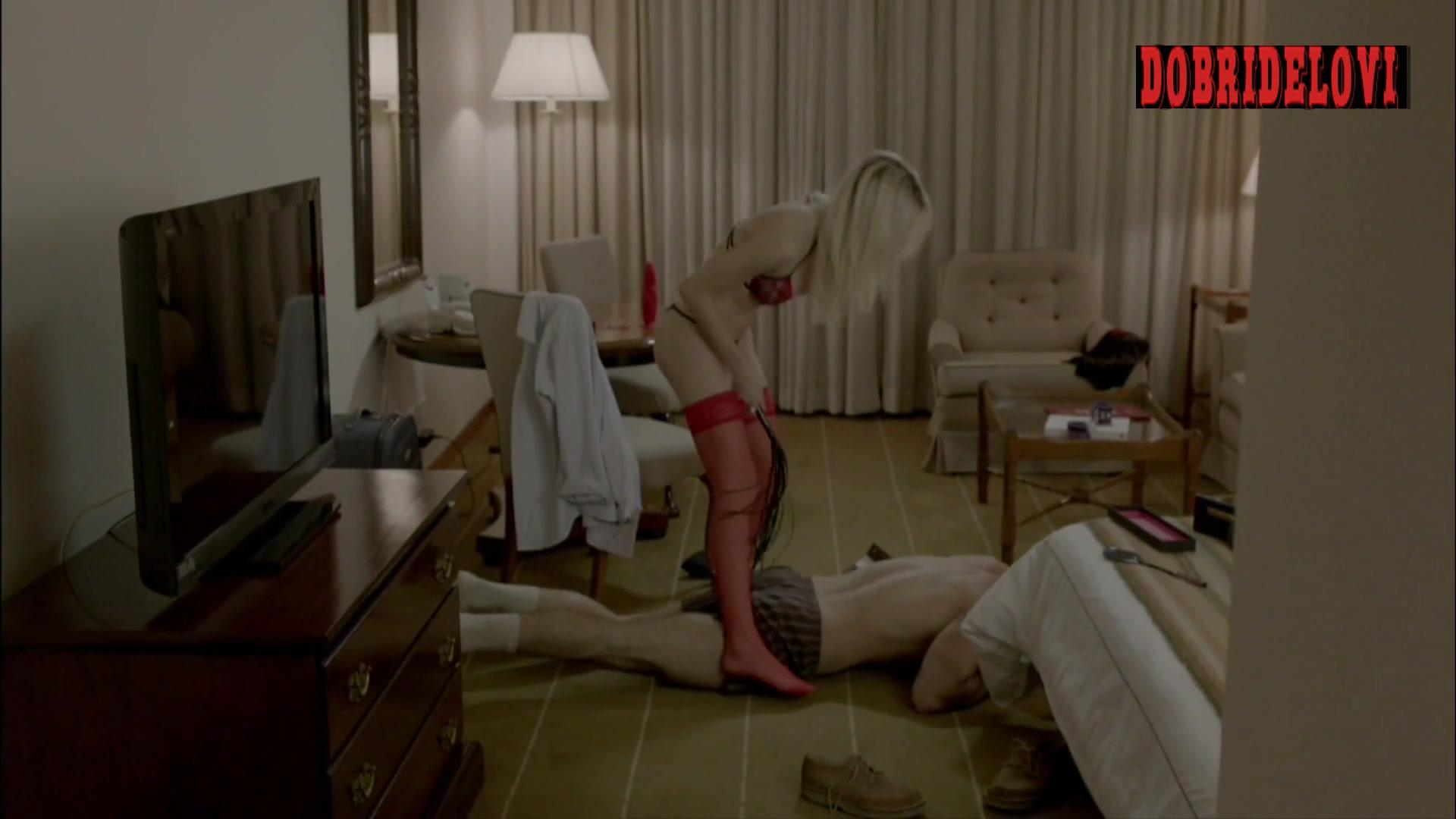 Michelle Batista dildo scene from O Negócio