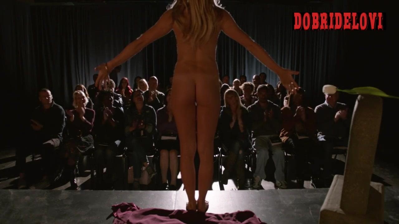 Kristen Wiig undresses in front of audience scene from Nobodies