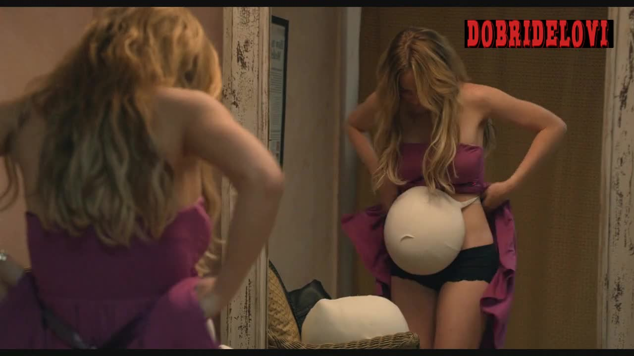 Lindsay Lohan faking pregnancy scene from Labor Pains
