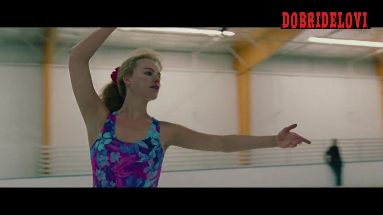 Watch Margot Robbie undressing scene from I, Tonya video