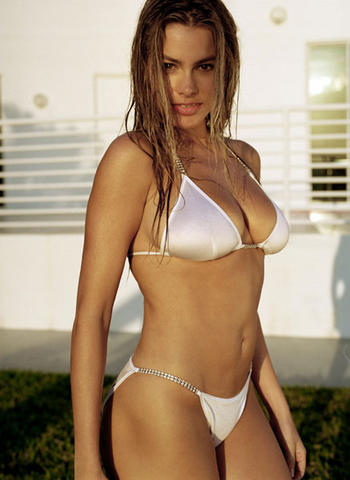 Sofia Veraga super hot with white bikini