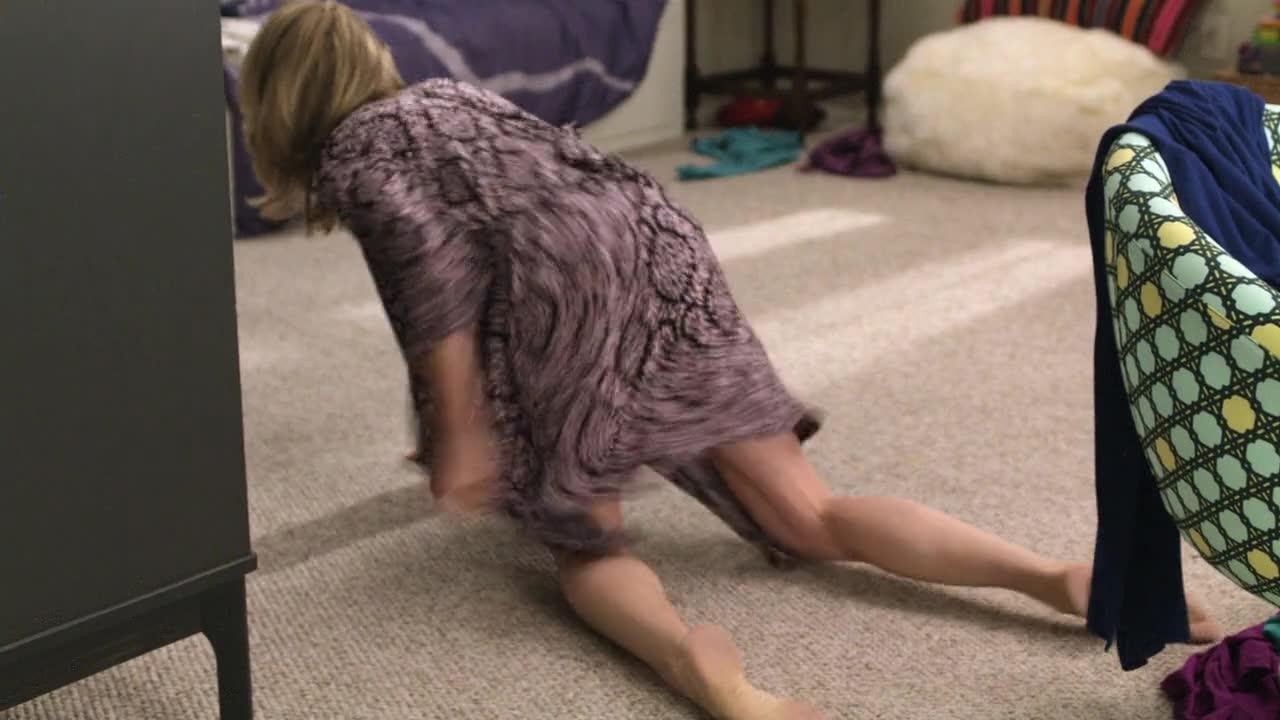 Julie Bowen caught in black lingerie