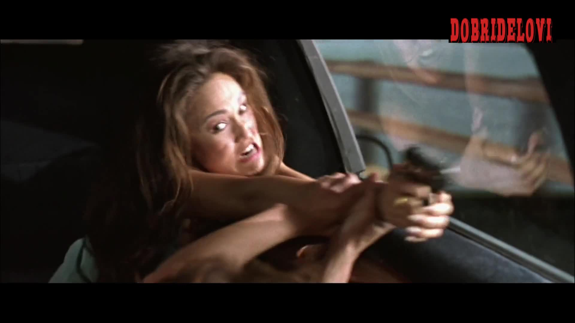 Jamie Lee Curtis cat fight with Tia Carrere in True Lies