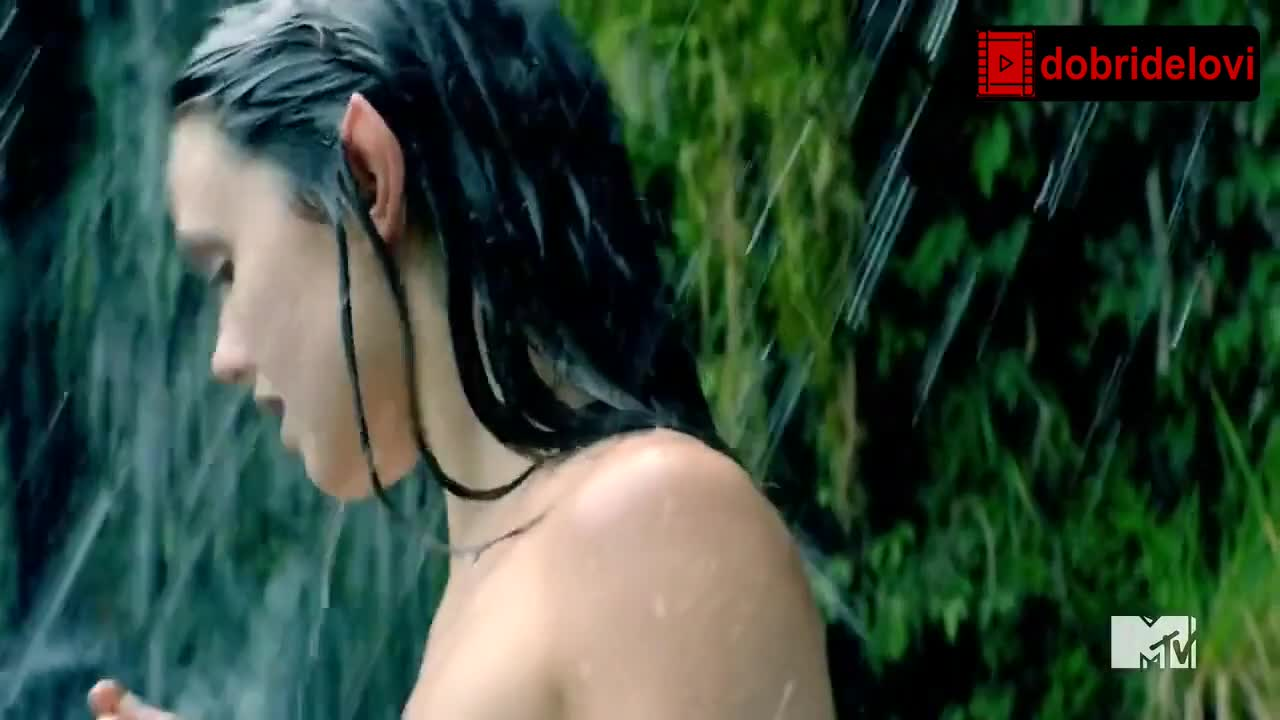 Poppy Drayton bathing nude in the river scene from The Shannara Chronicles