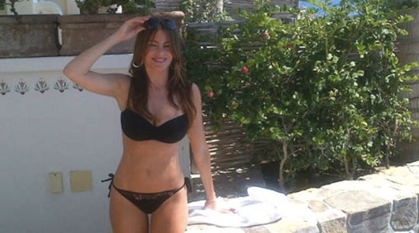 Sofia Vergara with black bikini