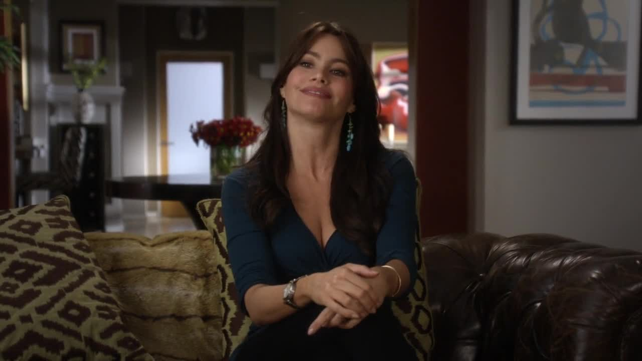 Sofia Vergara sexy in couch -- Modern Family