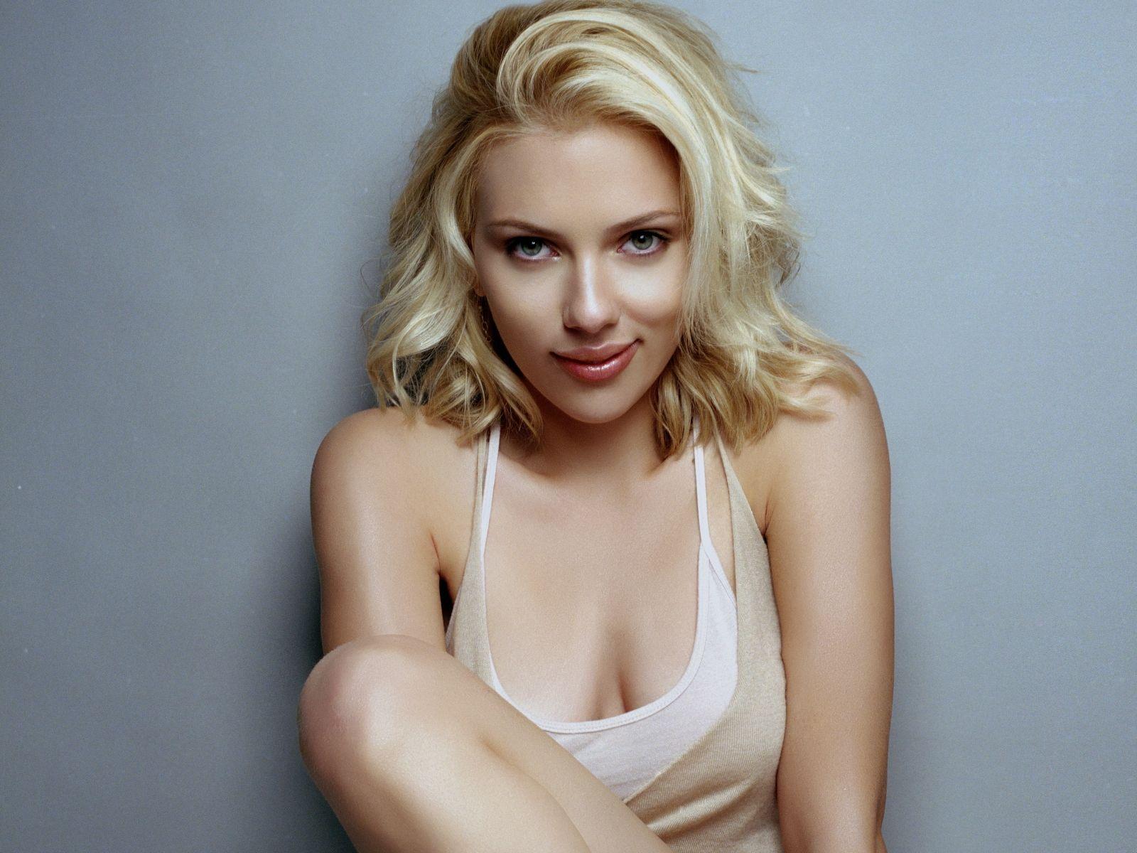 Scarlett Johansson HD picture
